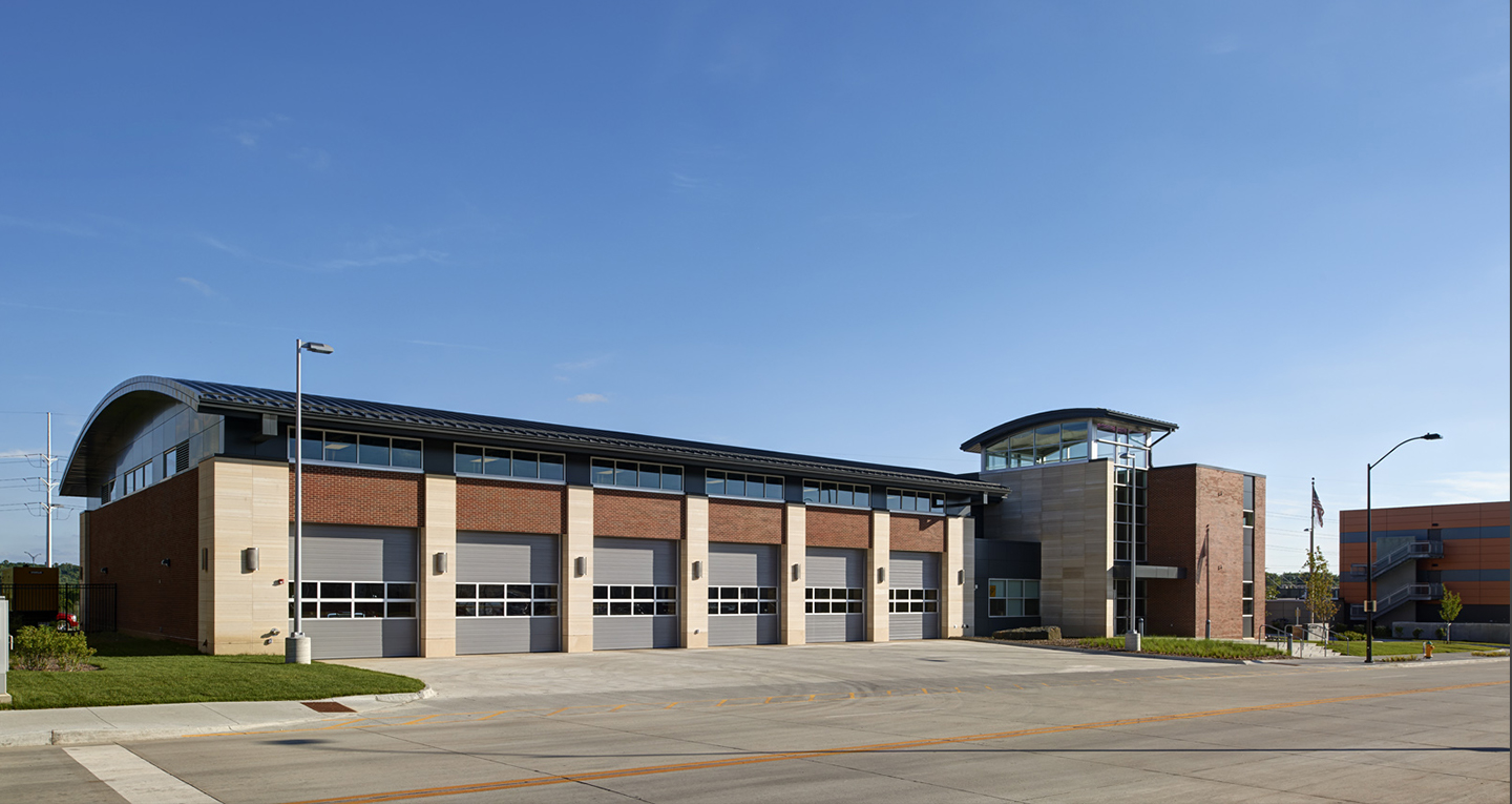 Des Moines Fire Station No 1 Svpa Architects